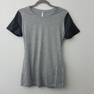 Fabletics Medium Tshirt Jersey fabric faux leather